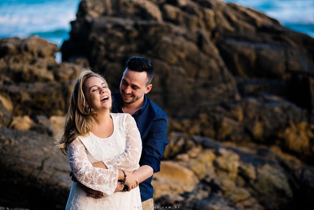 Pré Wedding na praia, ensaio de casamento, ensaio de casal, ensaio na praia, ensaio de fotos na praia, ensaio de dia, ensaio de casal de dia, pré wedding na praia