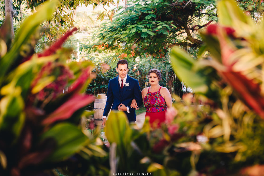 Casamento no gramado Reserva Tambá, Casamento na praia, casamento de dia, casamento pé na areia, reserva tambá, casamento no reserva tambá, decoração de casamento na praia, ensaio da praia, fotografo de casamento na praia, fotografo de casamento maresias, fotografo de casamento sp, rafael vaz fotografia