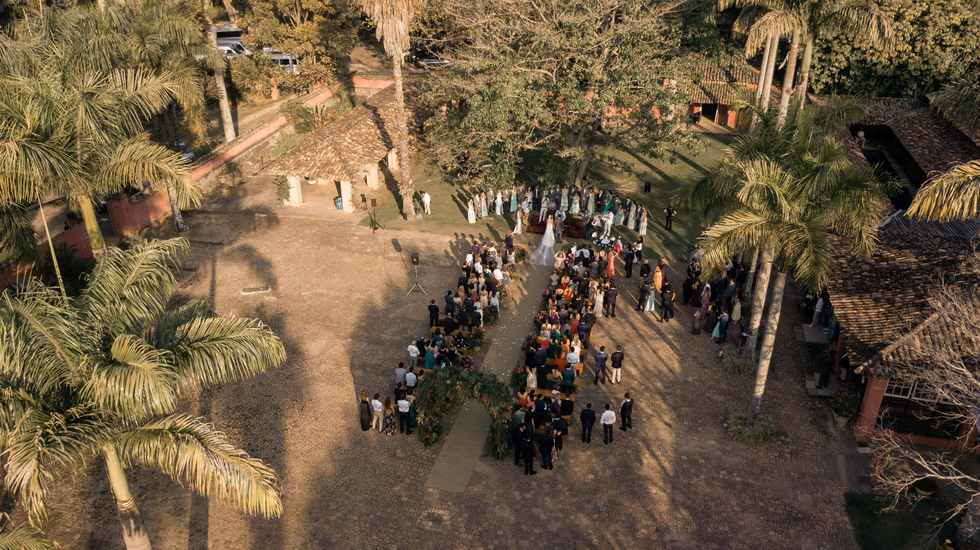Casamento na Fazenda das Cabras, casamento no campo, decoração de casamento de dia, decor de casamento rústica, casar de dia, casamento no pôr do sol
