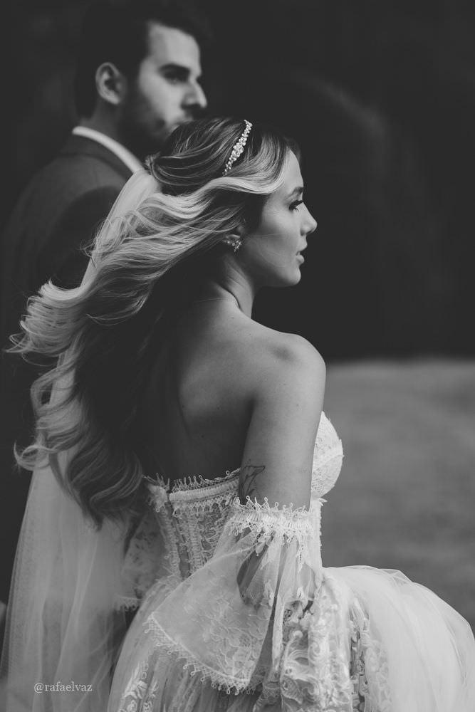 casamento na fazenda fagundes, casamento no campo, casamento de dia, varal de luzes, penteado de noiva, penteado de noiva solto, vestido de noiva, noiva loira,  decoração de casamento no campo, boho, vintage